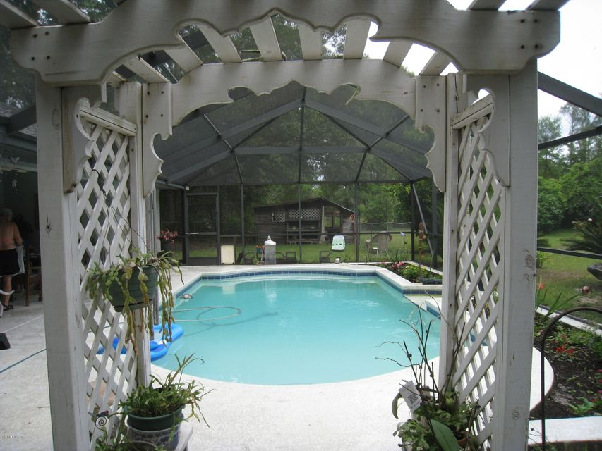 490 BEAR,FORT WHITE,FLORIDA 32038,3 Bedrooms Bedrooms,2 BathroomsBathrooms,Residential - single family,BEAR,830462