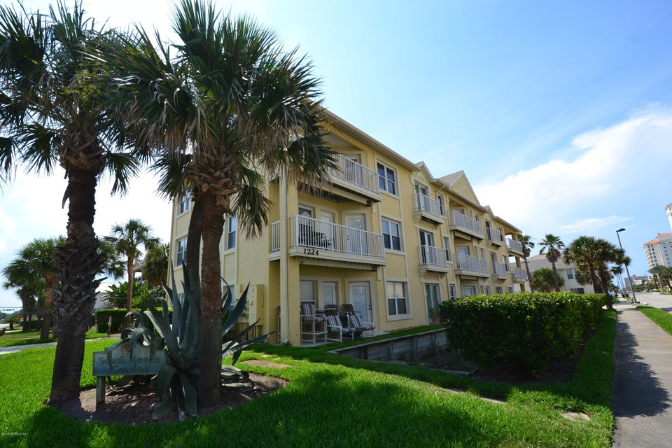 1224 1ST,JACKSONVILLE BEACH,FLORIDA 32250,3 Bedrooms Bedrooms,2 BathroomsBathrooms,Residential - condos/townhomes,1ST,831132