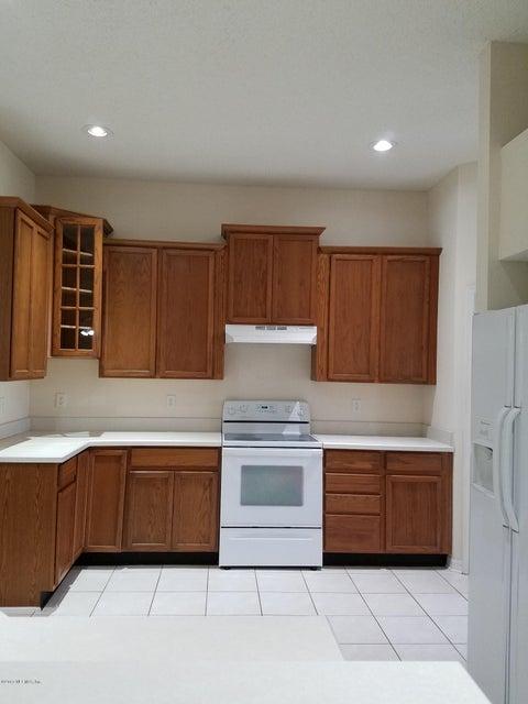 3083 CRABBLEMILL,ORANGE PARK,FLORIDA 32073,4 Bedrooms Bedrooms,2 BathroomsBathrooms,Residential - single family,CRABBLEMILL,830555