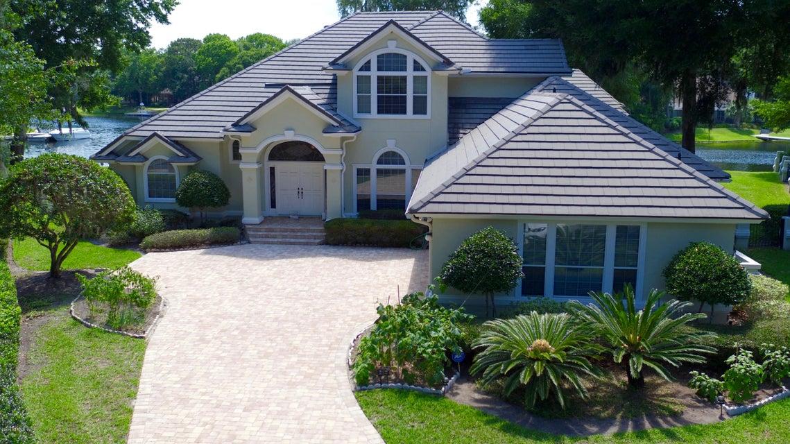 13736 SHELTER COVE DR, JACKSONVILLE, FL 32225