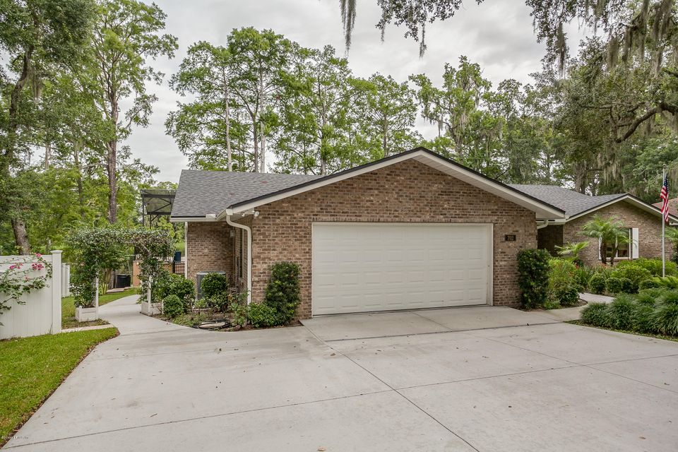 702 GOVERNORS,GREEN COVE SPRINGS,FLORIDA 32043,3 Bedrooms Bedrooms,3 BathroomsBathrooms,Residential - single family,GOVERNORS,842456