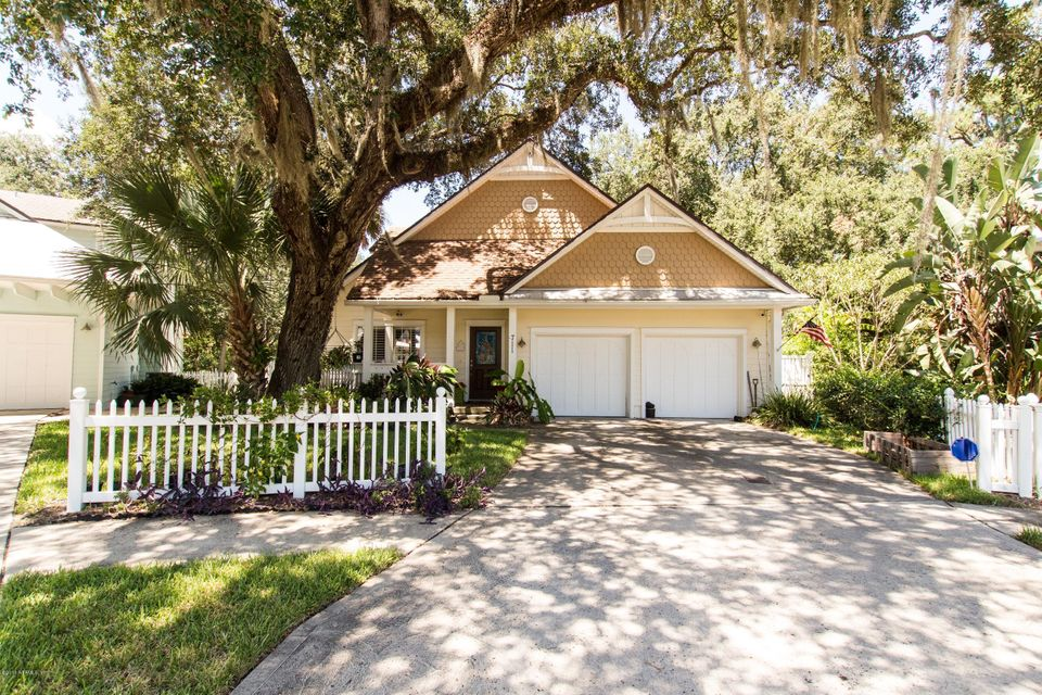 711 PARADISE,ATLANTIC BEACH,FLORIDA 32233-6955,3 Bedrooms Bedrooms,3 BathroomsBathrooms,Residential - single family,PARADISE,844774