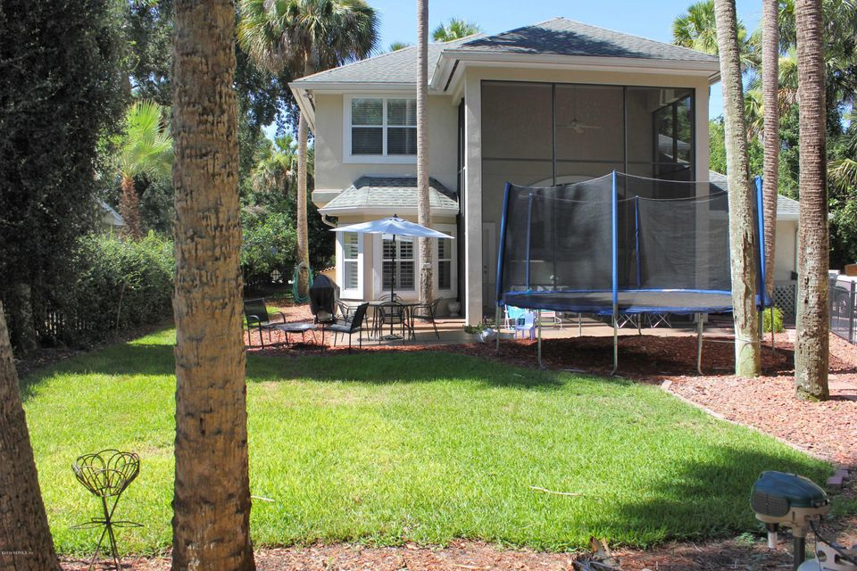 338 11TH,ATLANTIC BEACH,FLORIDA 32233,5 Bedrooms Bedrooms,4 BathroomsBathrooms,Residential - single family,11TH,847751