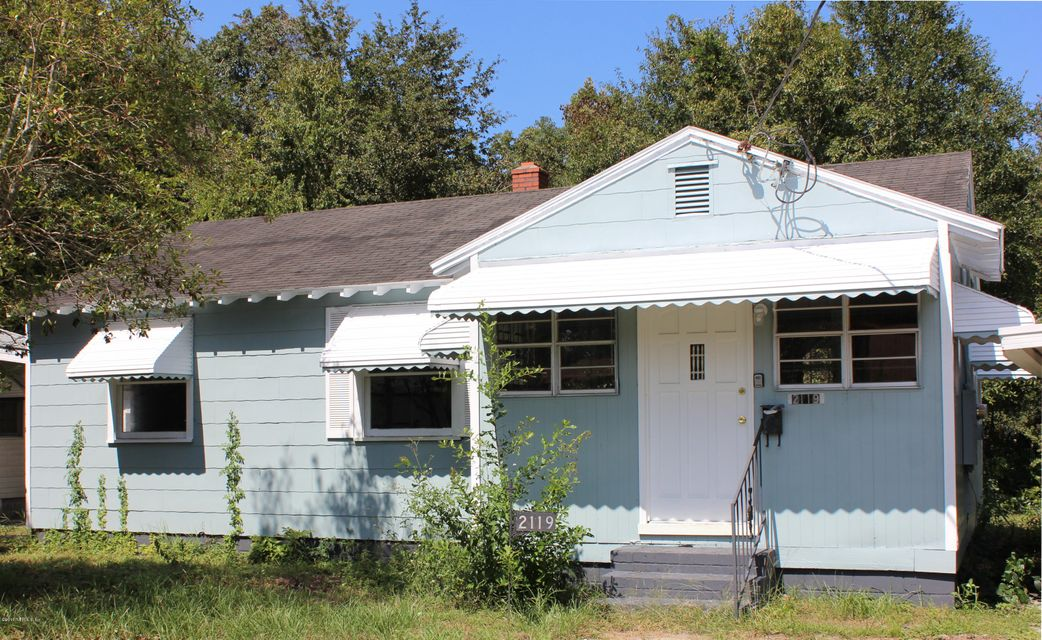 2119 COLLEGE,JACKSONVILLE,FLORIDA 32209,3 Bedrooms Bedrooms,1 BathroomBathrooms,Residential - single family,COLLEGE,850827