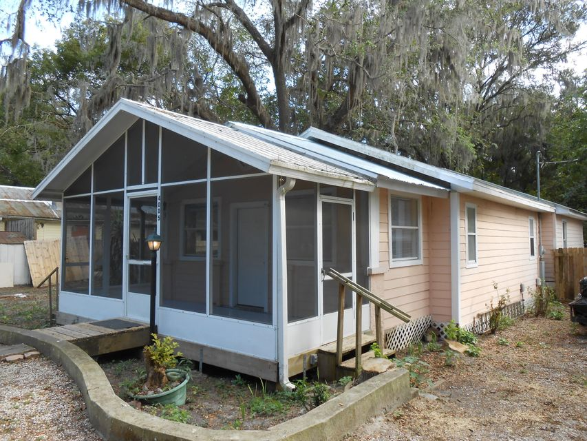 4005 SILVER LAKE,PALATKA,FLORIDA 32177,2 Bedrooms Bedrooms,2 BathroomsBathrooms,Residential - single family,SILVER LAKE,857774