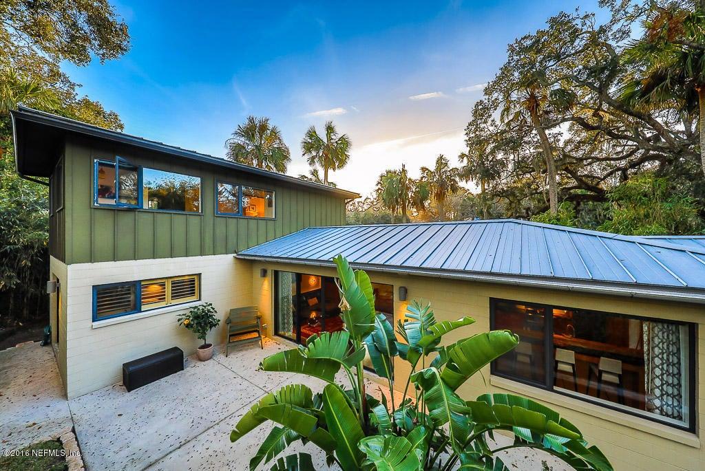 390 5TH,ATLANTIC BEACH,FLORIDA 32233,4 Bedrooms Bedrooms,3 BathroomsBathrooms,Residential - single family,5TH,858376