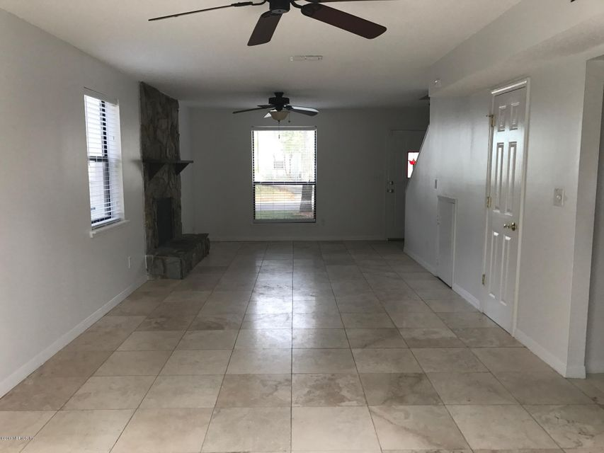 1018 MAIN,ATLANTIC BEACH,FLORIDA 32233,3 Bedrooms Bedrooms,2 BathroomsBathrooms,Residential - single family,MAIN,858518