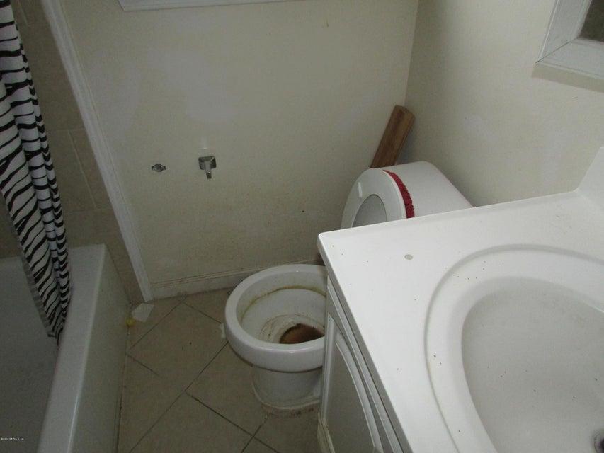 1131 MC CONIHE,JACKSONVILLE,FLORIDA 32209,2 Bedrooms Bedrooms,1 BathroomBathrooms,Residential - single family,MC CONIHE,858888
