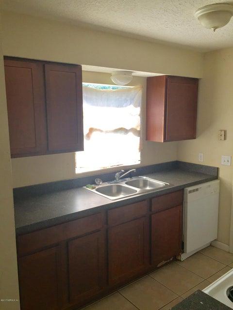 7438 JADE,JACKSONVILLE,FLORIDA 32210,3 Bedrooms Bedrooms,2 BathroomsBathrooms,Residential - single family,JADE,866117