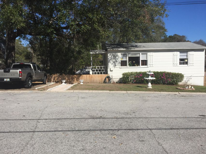 1711 RED BAY,JACKSONVILLE,FLORIDA 32211,3 Bedrooms Bedrooms,1 BathroomBathrooms,Residential - single family,RED BAY,866705