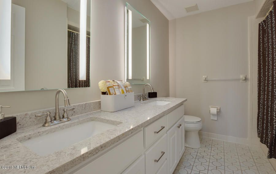 8 HOPSON,JACKSONVILLE BEACH,FLORIDA 32250,4 Bedrooms Bedrooms,3 BathroomsBathrooms,Residential - single family,HOPSON,867097