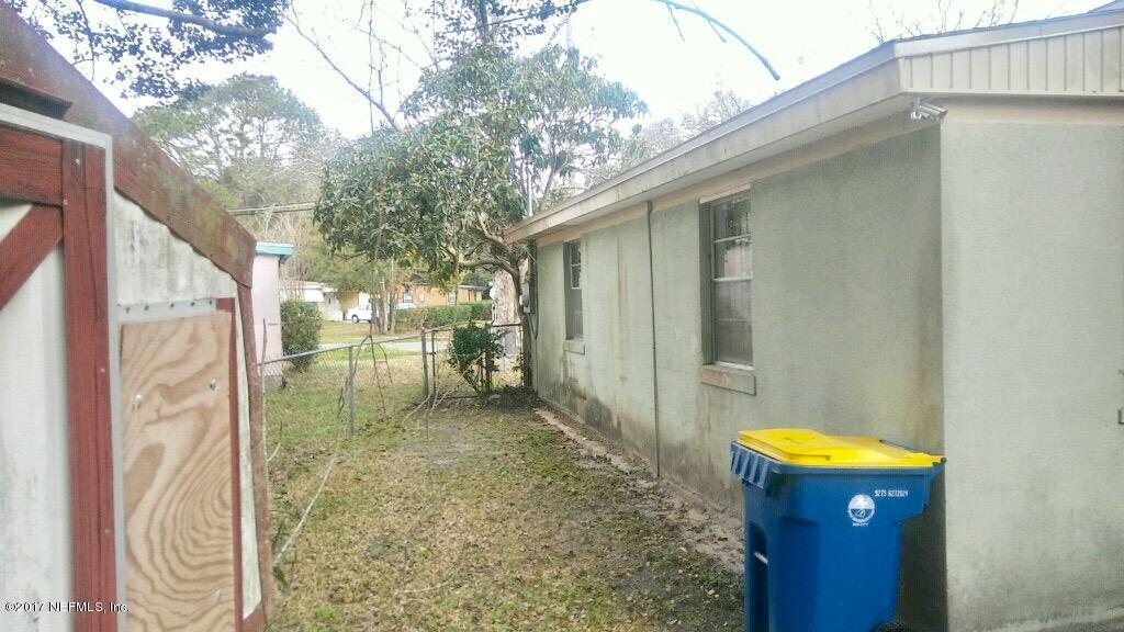 2522 WISTERIA,JACKSONVILLE,FLORIDA 32209,4 Bedrooms Bedrooms,2 BathroomsBathrooms,Residential - single family,WISTERIA,867315