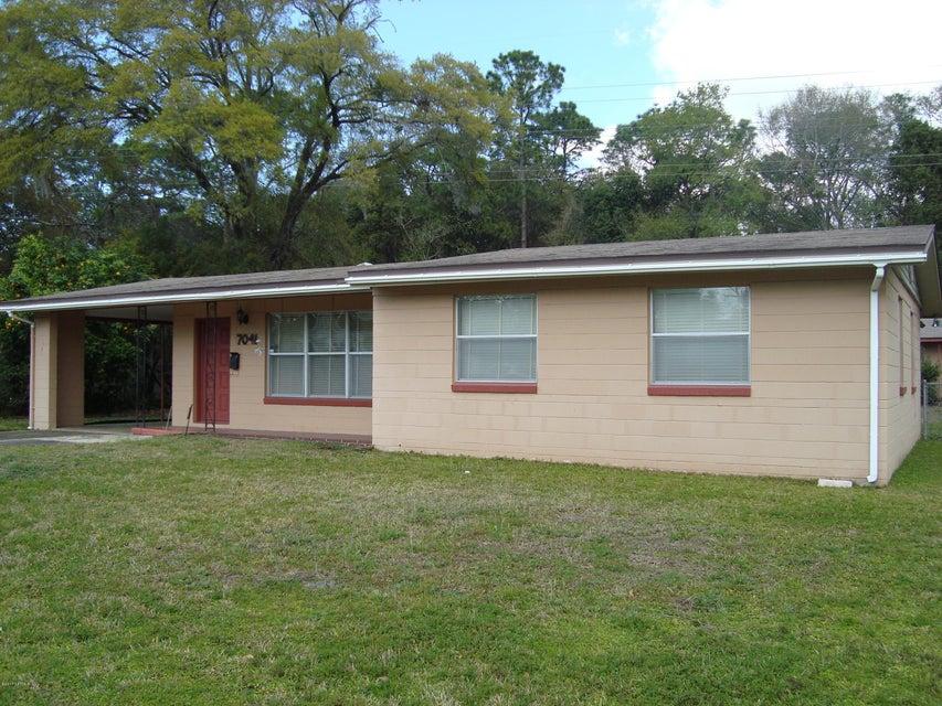 7041 SANS SOUCI RD, JACKSONVILLE, FL 32216
