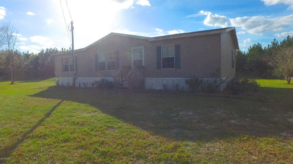 4220 Saunders Rd
