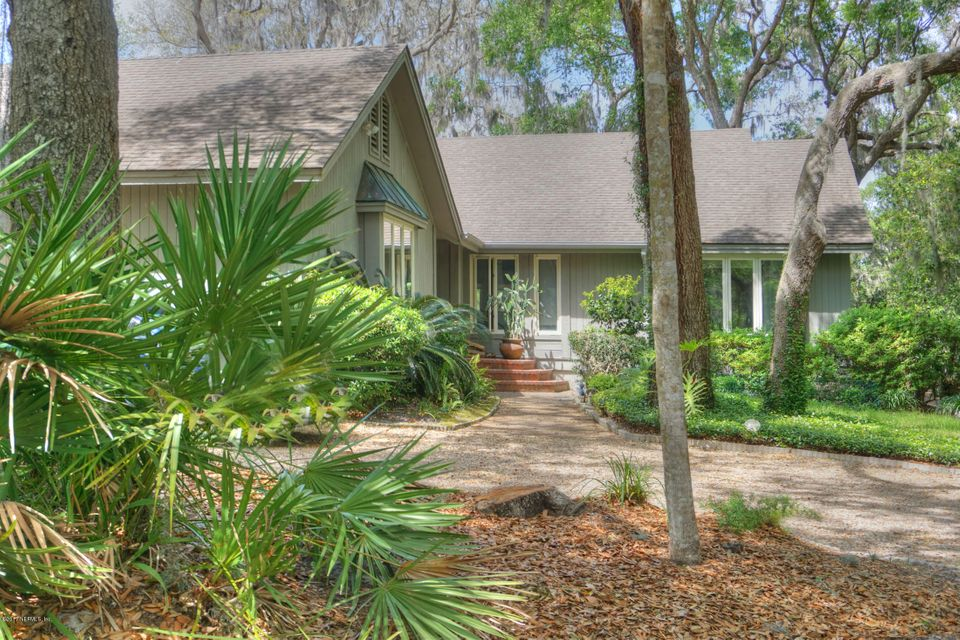32 BELTED KINGFISHER RD, FERNANDINA BEACH, FL 32034
