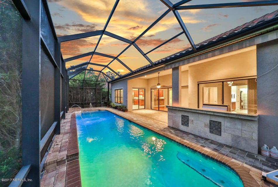 Pool w/Summer Kitchen