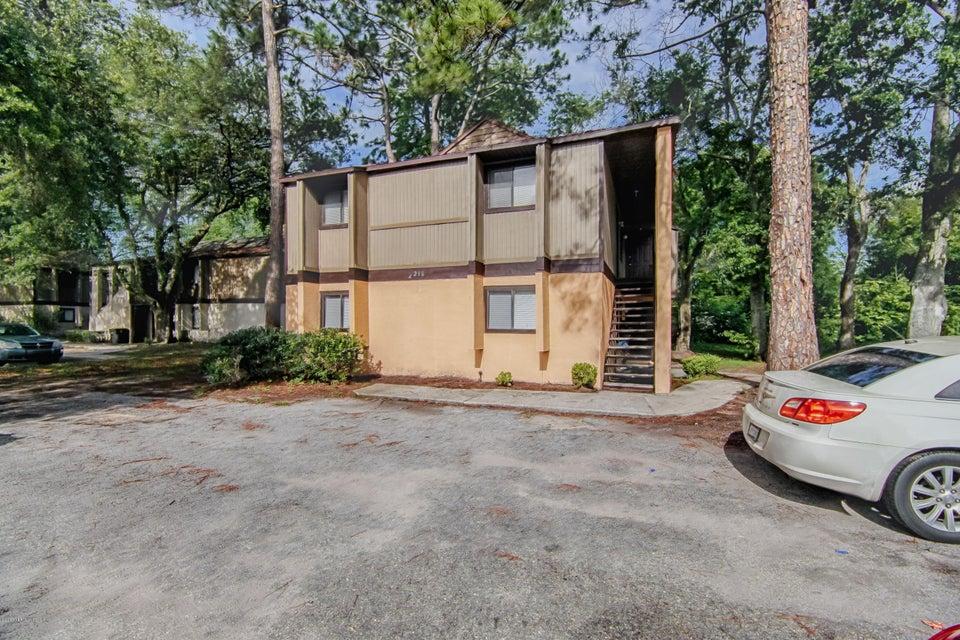 5216 WESTCHASE,JACKSONVILLE,FLORIDA 32210,8 Bedrooms Bedrooms,4 BathroomsBathrooms,Multi family,WESTCHASE,885711