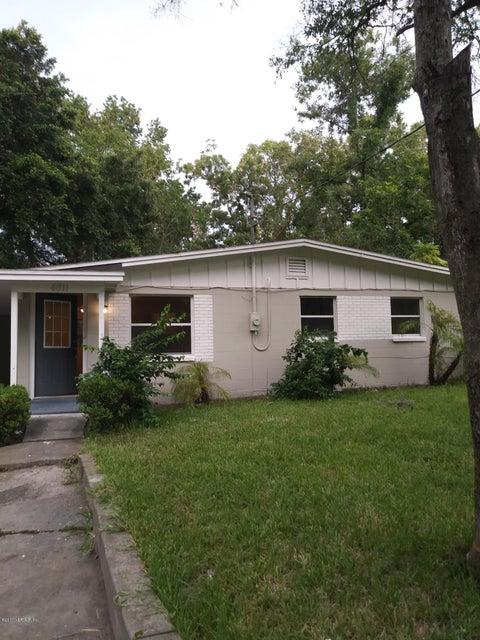4811 DUCHENEAU DR, JACKSONVILLE, FL 32210