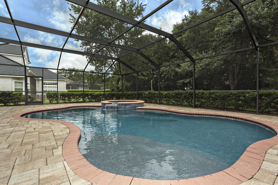 8209 BAY TREE LN, JACKSONVILLE, FL 32256