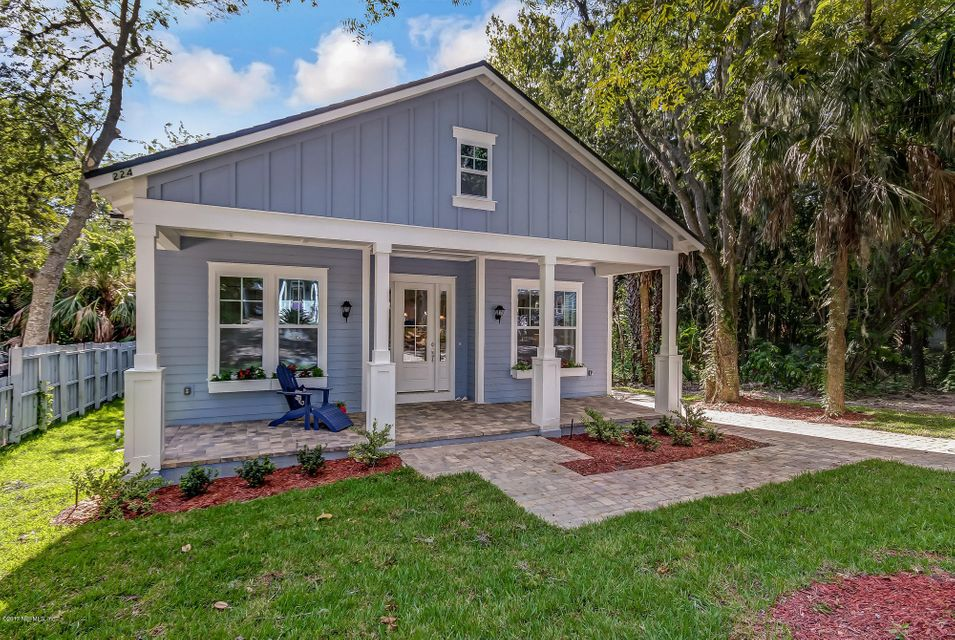 224 N 6TH ST, FERNANDINA BEACH, FL 32034