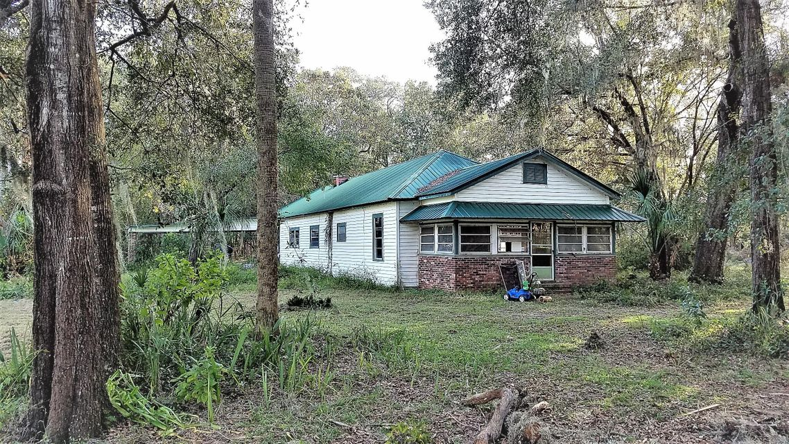 141 STRICKLAND, INTERLACHEN, FLORIDA 32148, 3 Bedrooms Bedrooms, ,2 BathroomsBathrooms,Residential - single family,For sale,STRICKLAND,906315