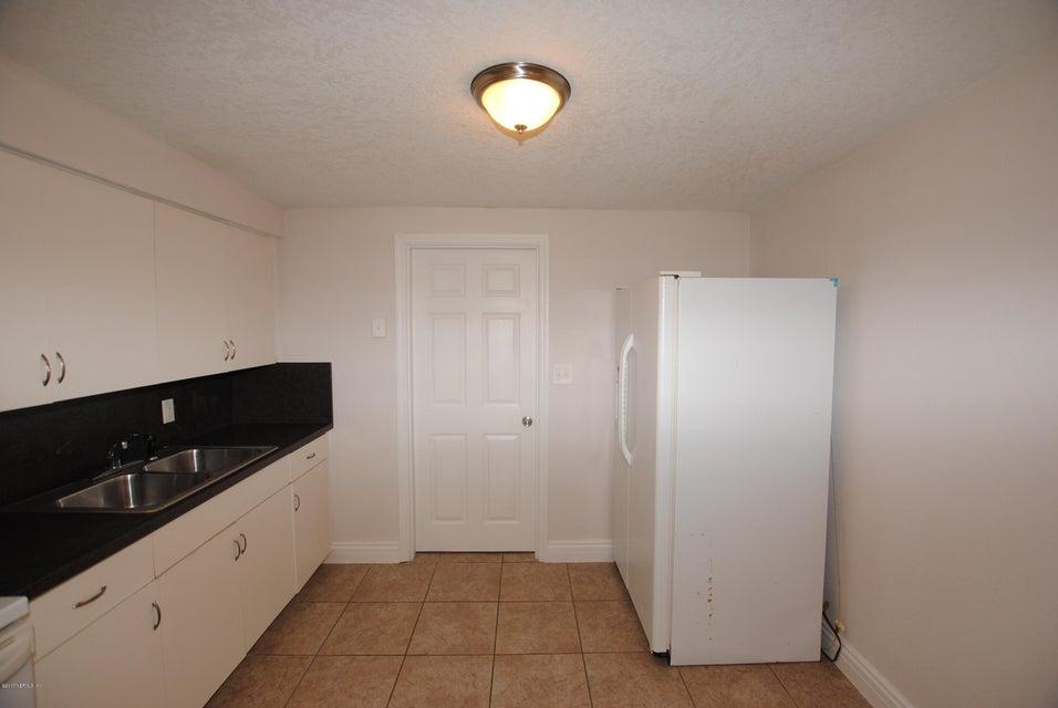 1875 NEWBOLT,JACKSONVILLE,FLORIDA 32210,4 Bedrooms Bedrooms,2 BathroomsBathrooms,Commercial,NEWBOLT,907561