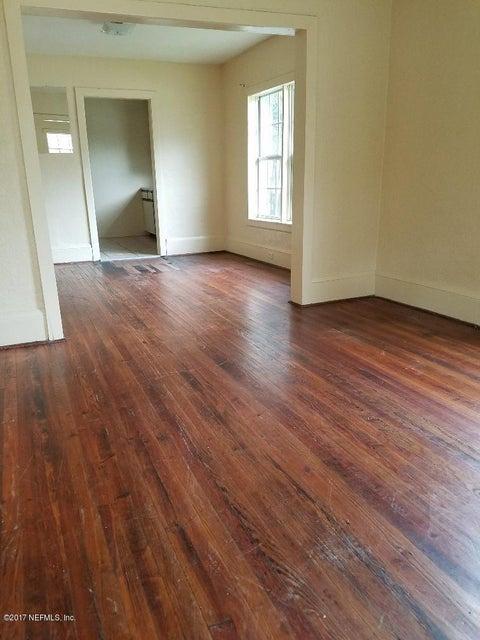 3262 FITZGERALD,JACKSONVILLE,FLORIDA 32254,3 Bedrooms Bedrooms,1 BathroomBathrooms,Commercial,FITZGERALD,907651