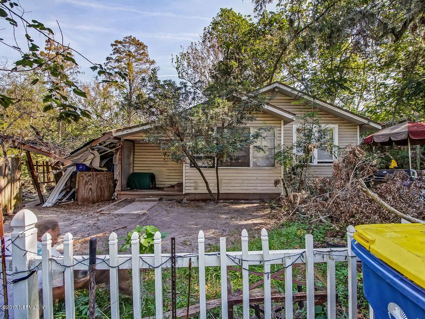 8755 3RD,JACKSONVILLE,FLORIDA 32208,3 Bedrooms Bedrooms,1 BathroomBathrooms,Single family,3RD,908935
