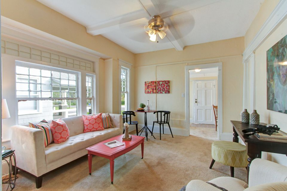2695 COLLEGE,JACKSONVILLE,FLORIDA 32204,5 Bedrooms Bedrooms,4 BathroomsBathrooms,Single family,COLLEGE,909576