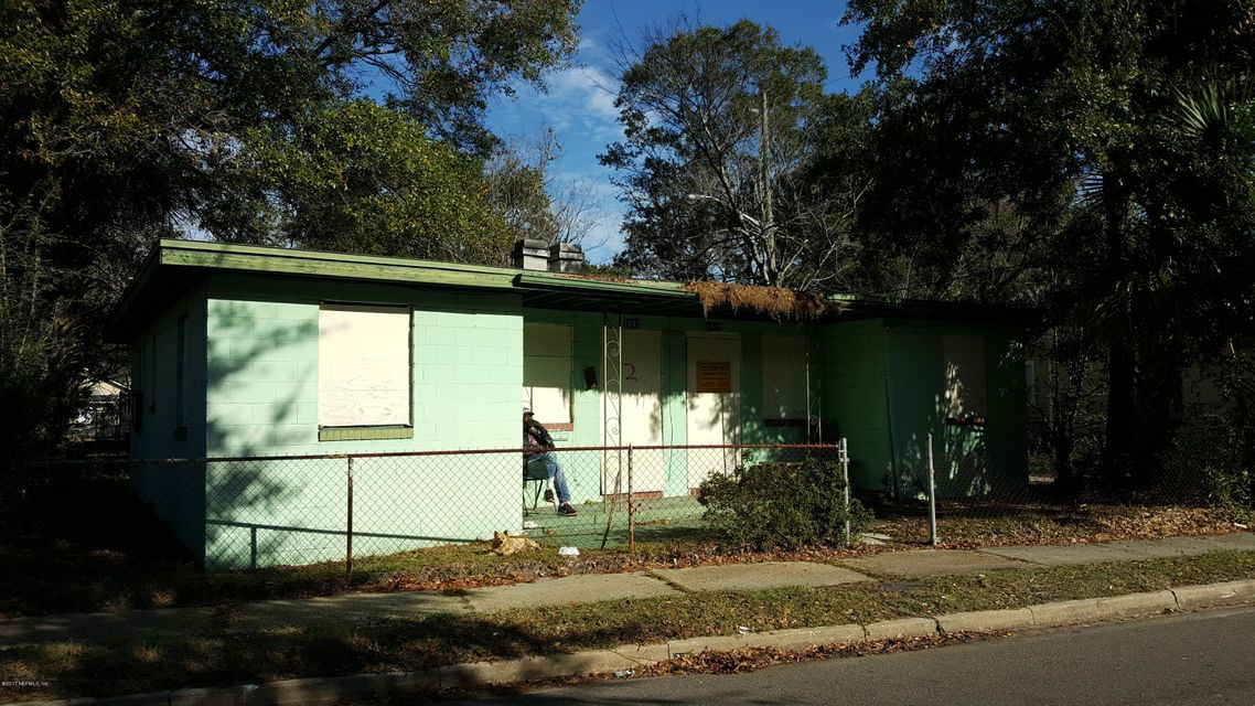 1647 2ND,JACKSONVILLE,FLORIDA 32209,4 Bedrooms Bedrooms,2 BathroomsBathrooms,Multi family,2ND,908782