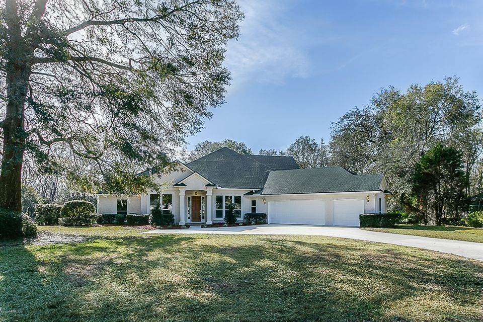 5 Bedroom Home For Sale