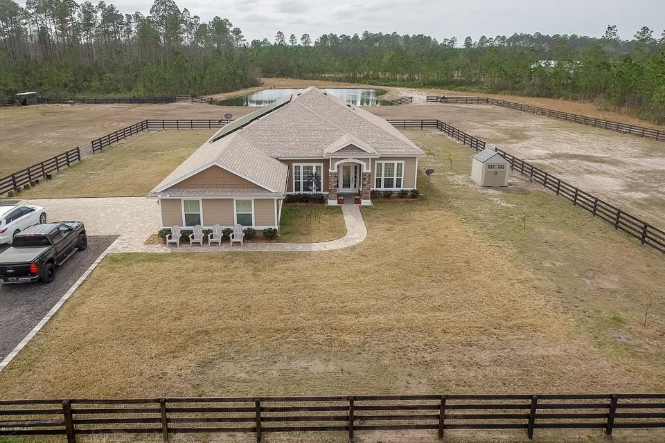 Aerial_Front_View_of_Home