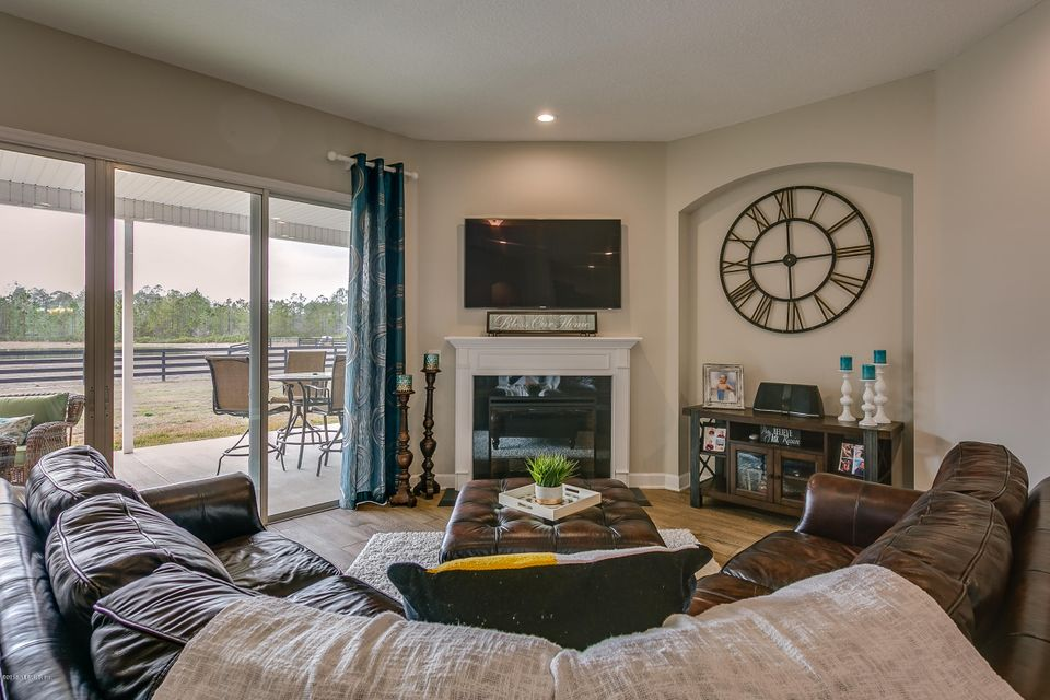 Family_Room_View_3