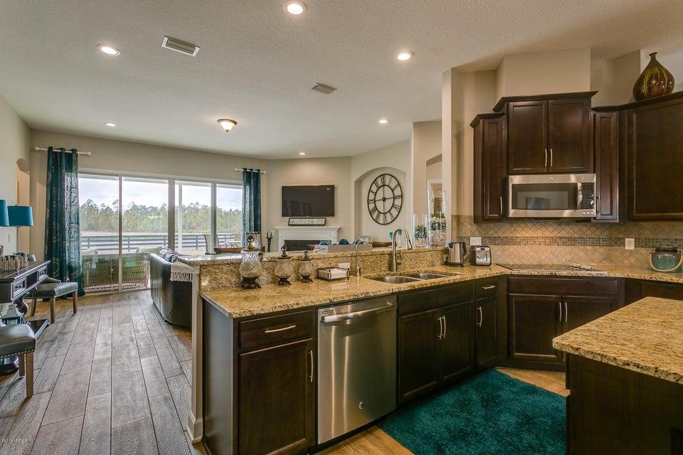 Kitchen_-_Family_Room