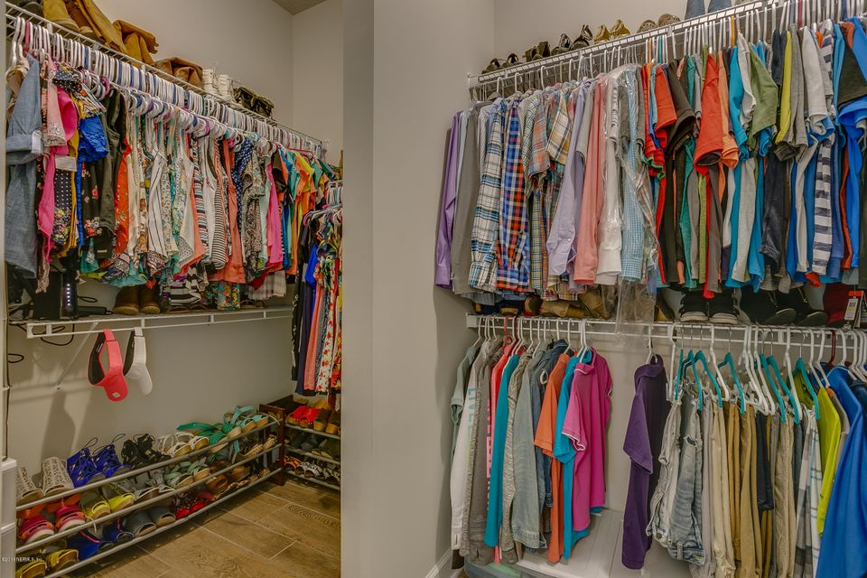 Owners_Walk-In_Closet_View_1