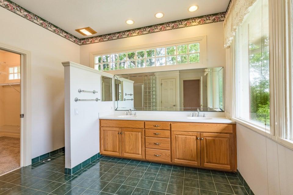 _MG_0184 - MB Bathroom