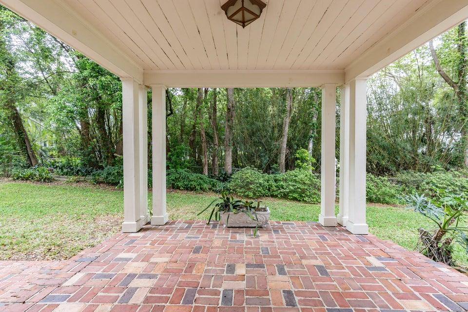 _MG_0203 - Entry Open Porch
