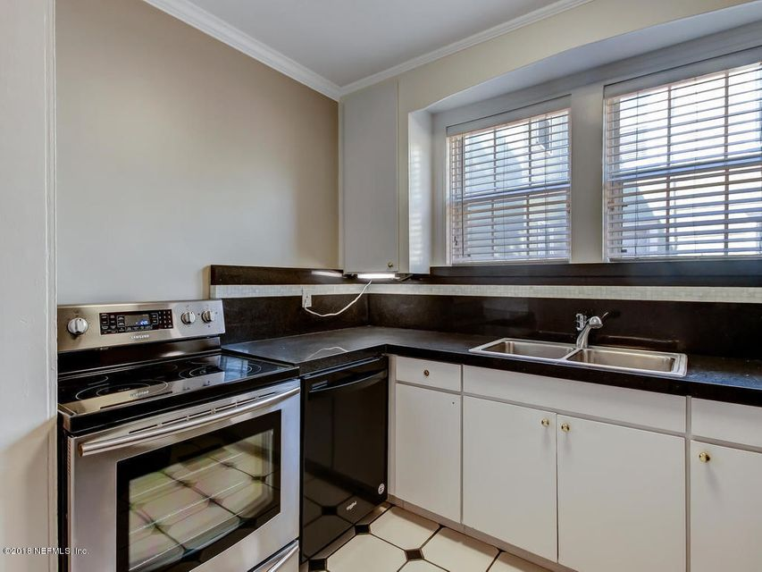 931 CEDAR,JACKSONVILLE,FLORIDA 32207,7 Bedrooms Bedrooms,7 BathroomsBathrooms,Multi family,CEDAR,937206