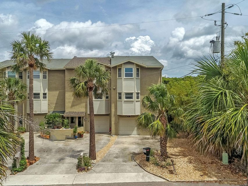 59 CORAL, ATLANTIC BEACH, FLORIDA 32233, 3 Bedrooms Bedrooms, ,3 BathroomsBathrooms,Residential - townhome,For sale,CORAL,931902