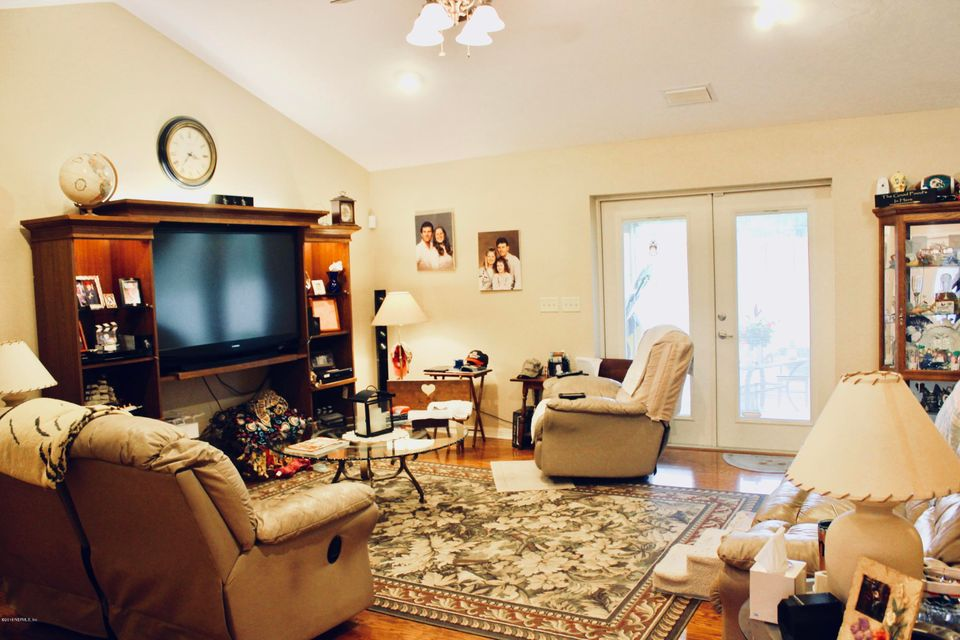 591 31ST, MELROSE, FLORIDA 32666, 3 Bedrooms Bedrooms, ,2 BathroomsBathrooms,Residential - single family,For sale,31ST,937534