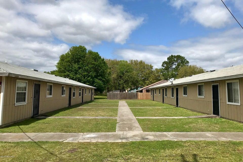 3989 LEONNIE,JACKSONVILLE,FLORIDA 32208,32 Bedrooms Bedrooms,16 BathroomsBathrooms,Multi family,LEONNIE,938015
