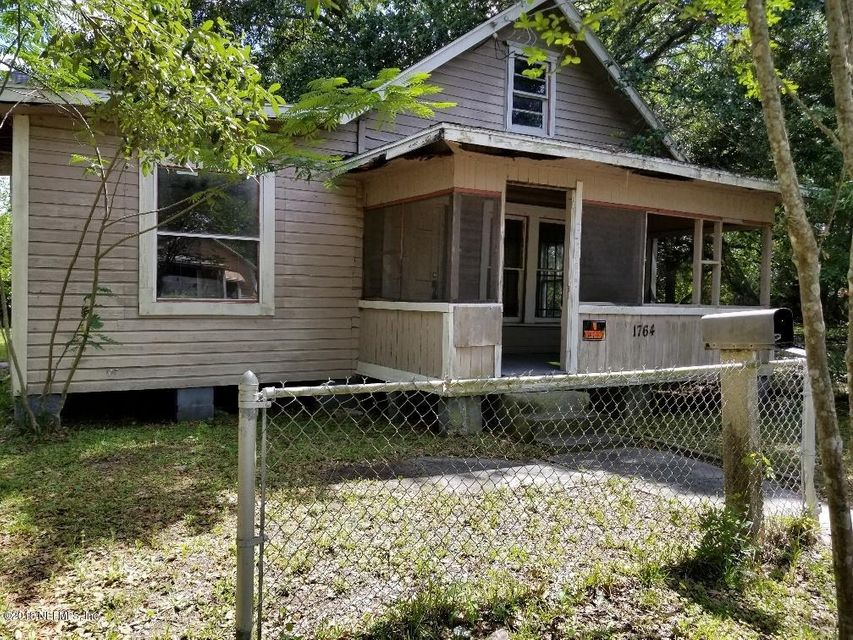 1764 28TH,JACKSONVILLE,FLORIDA 32206,4 Bedrooms Bedrooms,1 BathroomBathrooms,Commercial,28TH,939772