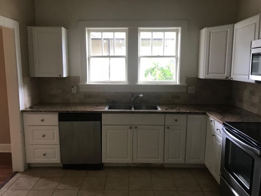 2536 DELLWOOD,JACKSONVILLE,FLORIDA 32204,4 Bedrooms Bedrooms,2 BathroomsBathrooms,Multi family,DELLWOOD,926288