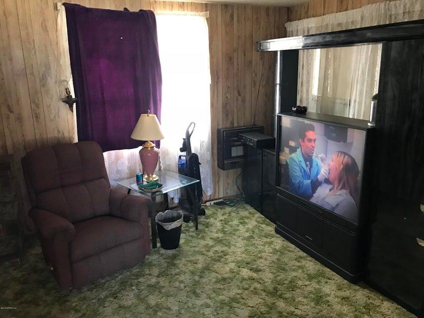 102 CHEYENNE, INTERLACHEN, FLORIDA 32148, 2 Bedrooms Bedrooms, ,2 BathroomsBathrooms,Residential - mobile home,For sale,CHEYENNE,940324