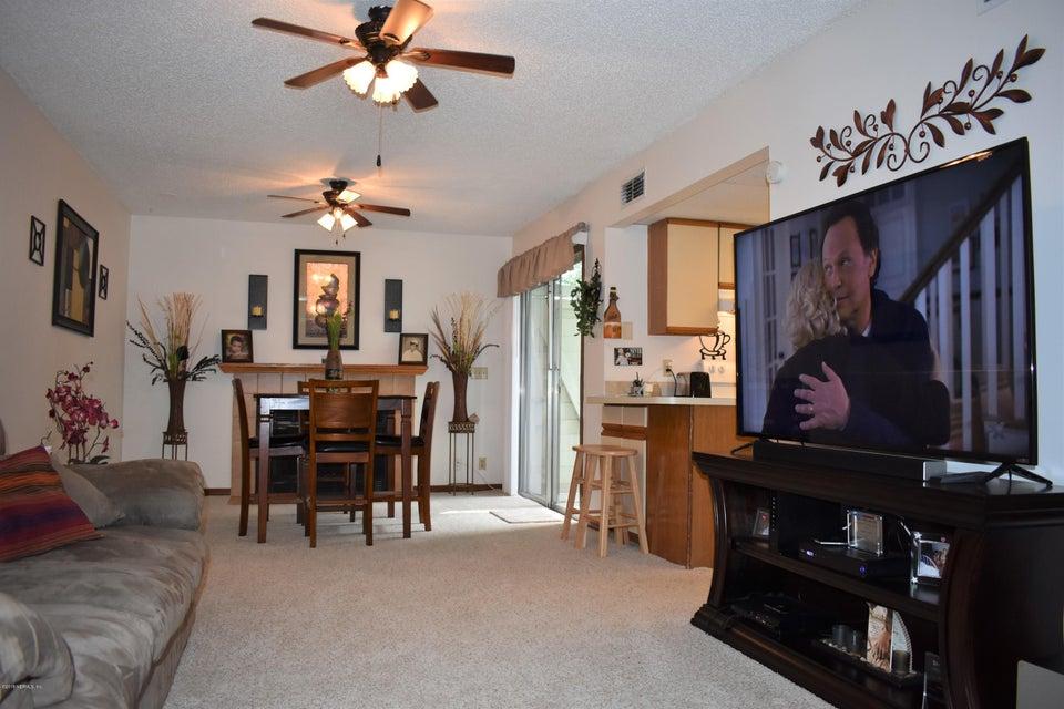 2300 TWELVE OAKS, ORANGE PARK, FLORIDA 32065, 2 Bedrooms Bedrooms, ,1 BathroomBathrooms,Residential - townhome,For sale,TWELVE OAKS,940965