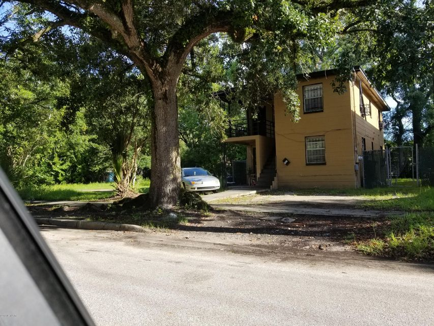 1451 21ST,JACKSONVILLE,FLORIDA 32209,4 Bedrooms Bedrooms,2 BathroomsBathrooms,Commercial,21ST,942905
