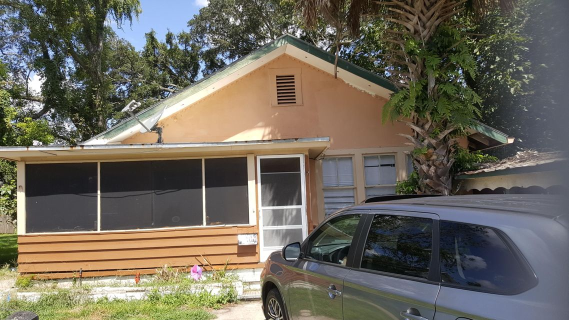 731 CARLTON, JACKSONVILLE, FLORIDA 32208, 3 Bedrooms Bedrooms, ,2 BathroomsBathrooms,Residential - single family,For sale,CARLTON,953210