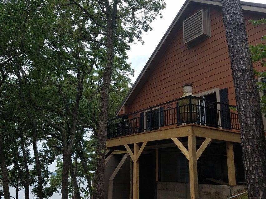 33300 S. 586 Rd , Jay, OK 74346 - West Deck of Main House