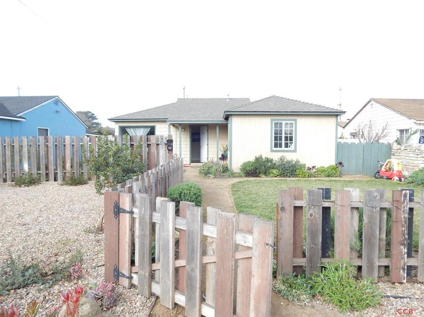 Property photo for 323 S A Street Lompoc, CA 93436 - 1075121