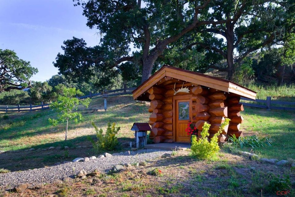 2401 s hwy 101 highway gaviota ca 93117 1070365 for Log cabin builders in california